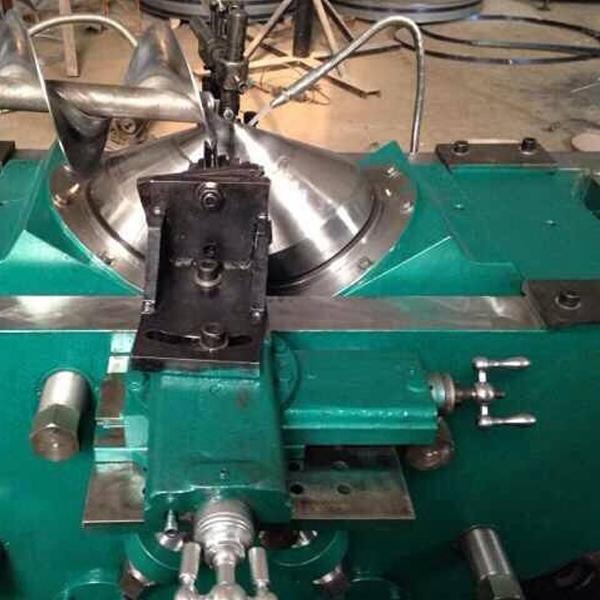 螺旋叶片冷轧机加工